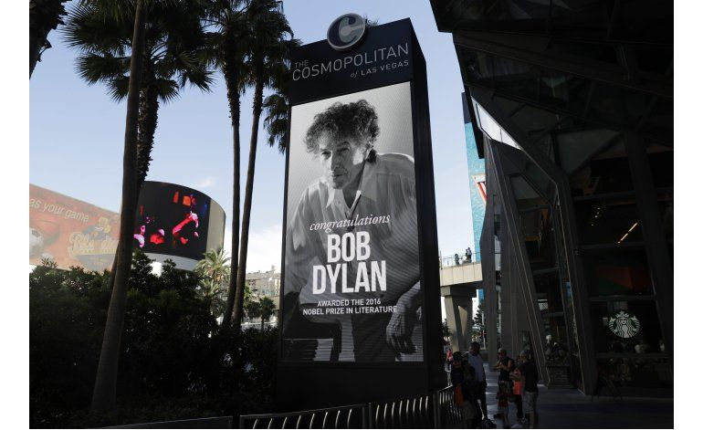 Se dispara venta de libros de Dylan tras Nobel de Literatura