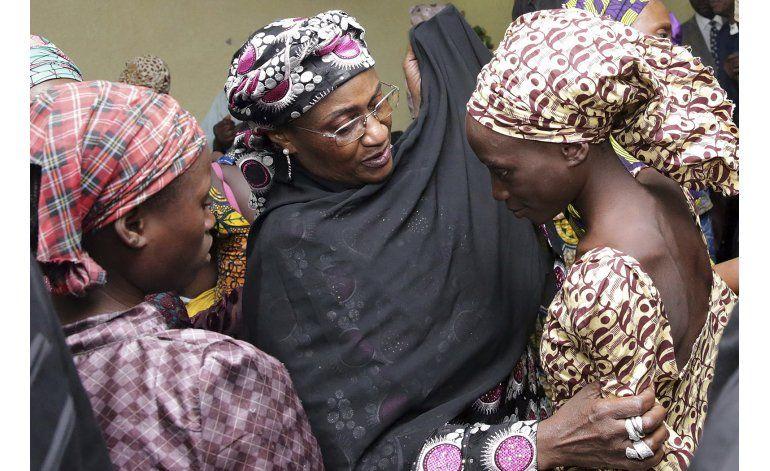 Reportes: ¿Se pagó rescate, intercambio por niñas de Chibok?