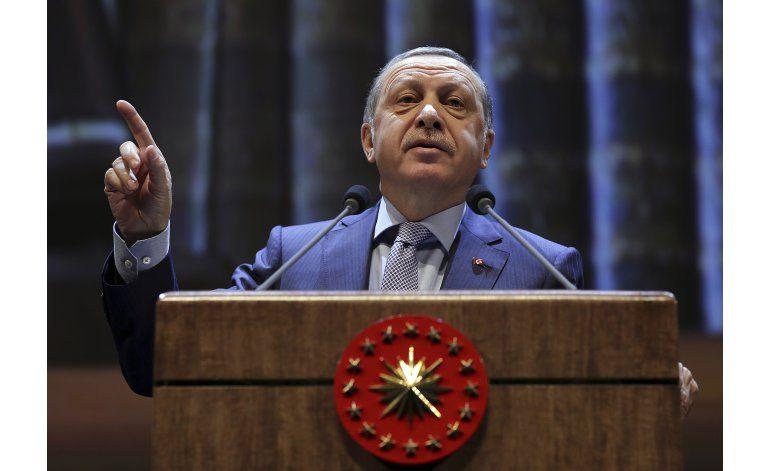 Alemania rechaza pedido de líder turco en caso de comediante