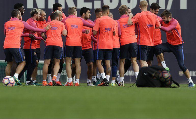 Barsa y Madrid enfrentan a equipos de 3ra división en Copa