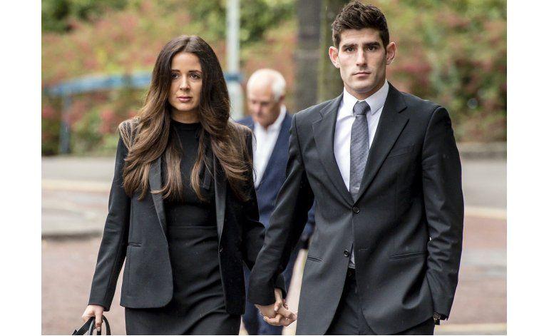 Futbolista inglés absuelto de violación en segundo juicio