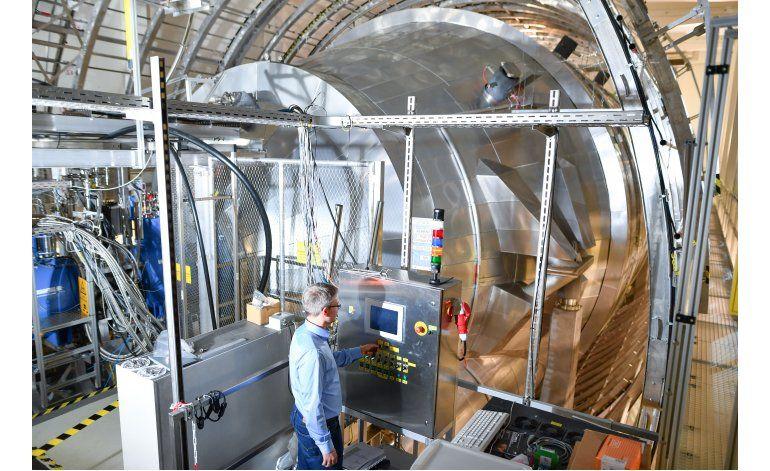 Científicos pesarán la partícula más ligera del universo