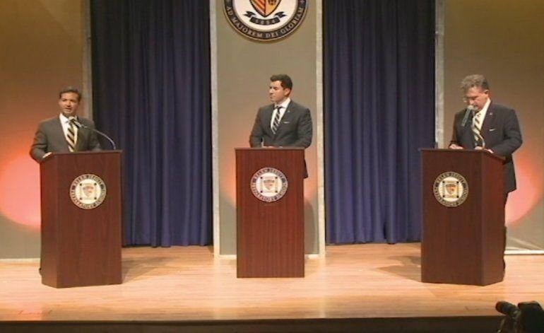Joe García y Carlos Curbelo cara a cara  en primer debate