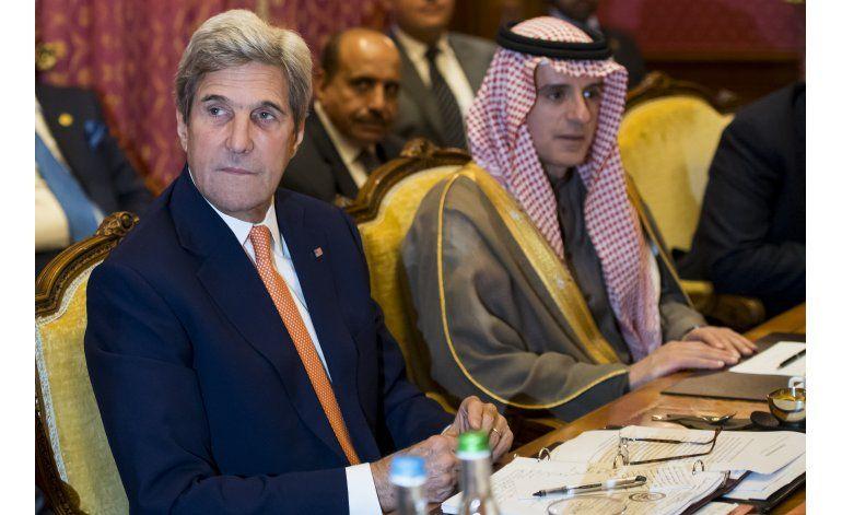 Rebeldes liberan a 2 estadounidenses en Yemen, anuncia Kerry