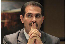 interpol busca a ex gobernador del norte de mexico