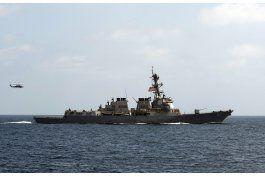 atacan otra vez con misiles a destructor de eeuu desde yemen