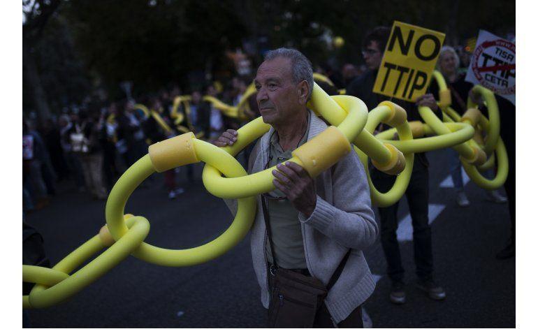 Cientos protestan en Madrid contra tratados comerciales