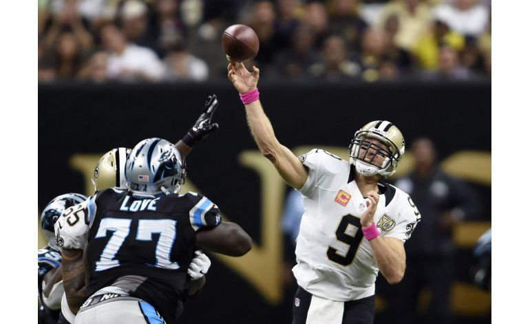 Brees conduce triunfo de Saints sobre Panthers por 41-38