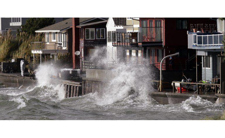 Tormenta deja a miles sin electricidad en noroeste de EEUU