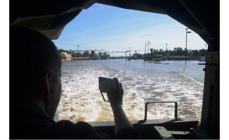 Huracán Matthew deja daños millonarios en North Carolina