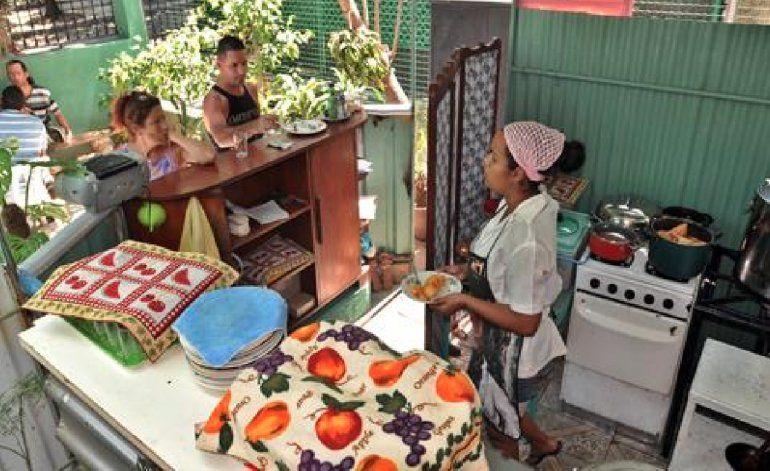 Gobierno de Cuba paraliza otorgamiento de licencias para nuevos restaurantes