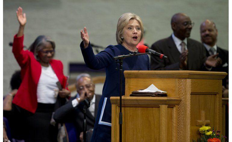 Emails muestran respuesta de Clinton a LGBT