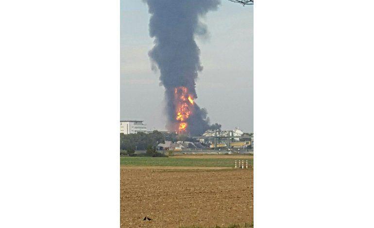 Explosión en planta de BASF en Alemania deja 2 muertos