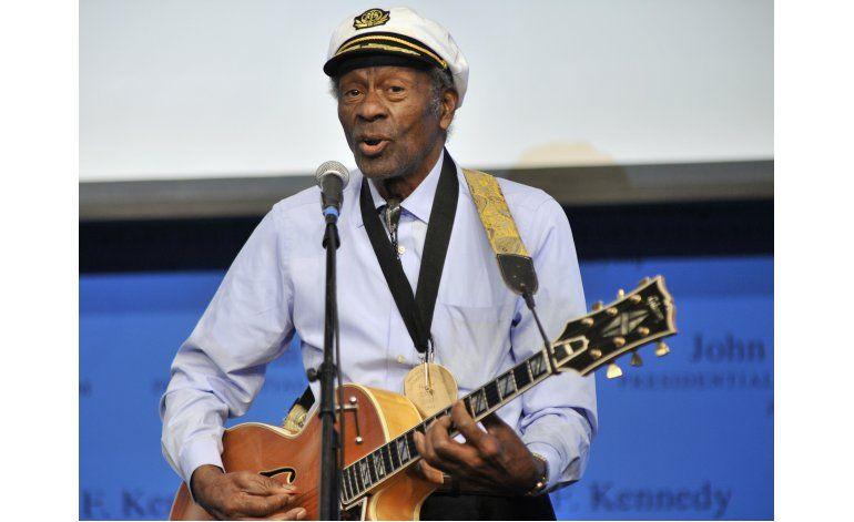 Chuck Berry lanza su primer álbum en más de 35 años