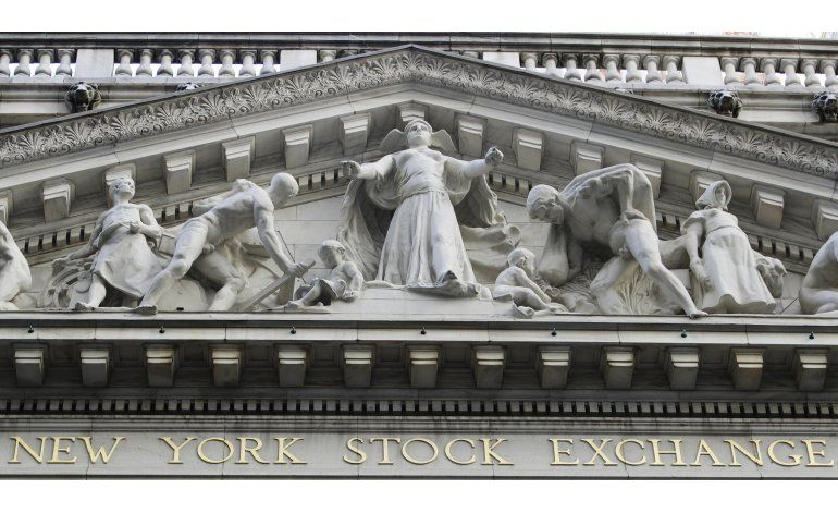 Buenos resultados corporativos impulsan a Wall Street