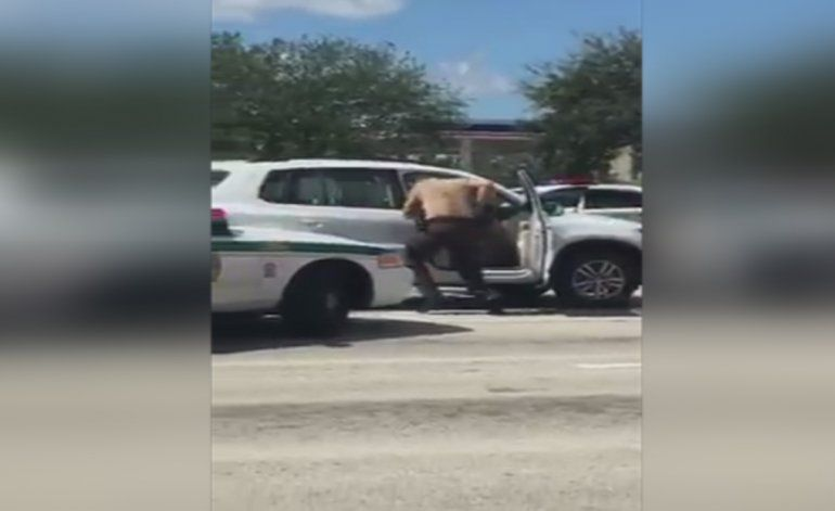 Revelan video de otro testigo de tiroteo policial que dejó a un hombre muerto
