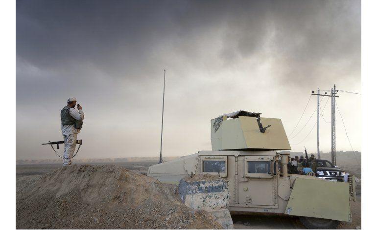 General iraquí pide a milicianos EI en Mosul que se rindan