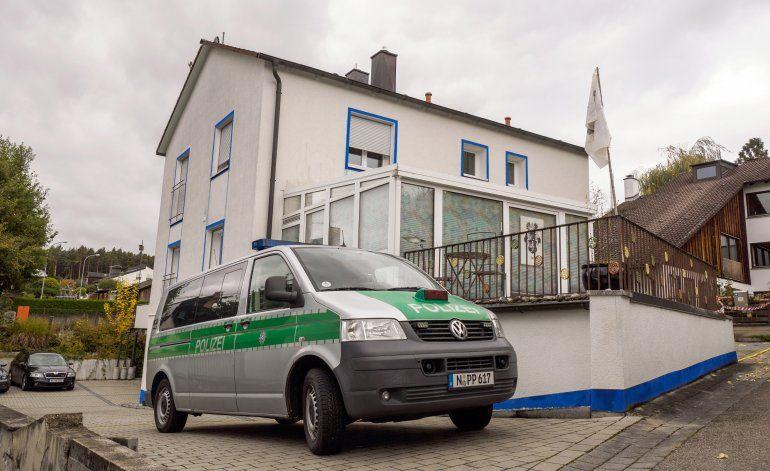 Cuatro policías heridos en redada contra extremista alemán