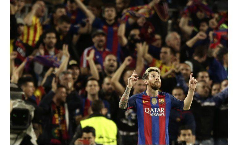 Messi marca diferencias con triplete y Barsa golea al City
