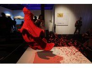 exposicion de esculturas hechas con lego llega a milan