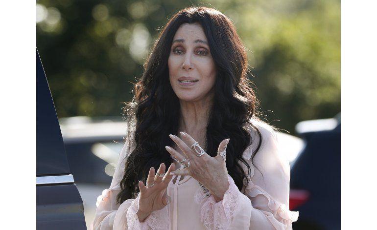 Cher conversa sobre Trump, emojis y American Horror Story