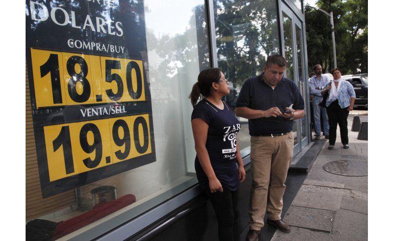 El peso mexicano baila al ritmo de la campaña en EEUU
