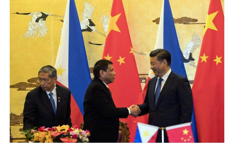 Duterte anuncia su separación de EEUU