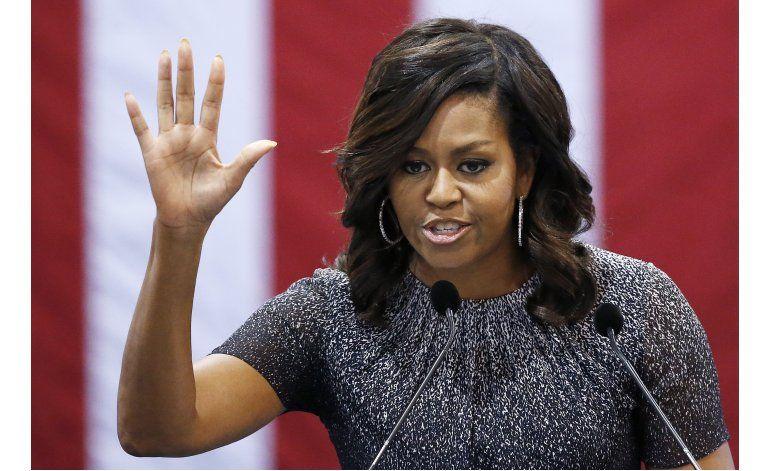 Michelle Obama sigue sin mencionar a Donald Trump