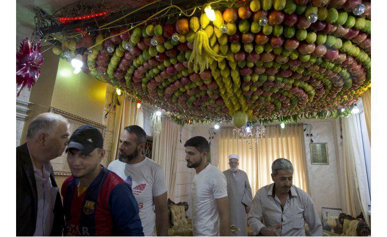 Israelíes y palestinos son bienvenidos en aldea samaritana