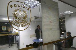 caso petrobras: arrestan a 4 agentes de policia legislativa