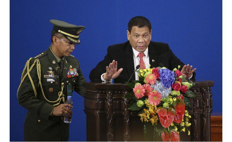 Presidente filipino descarta romper vínculos con EEUU