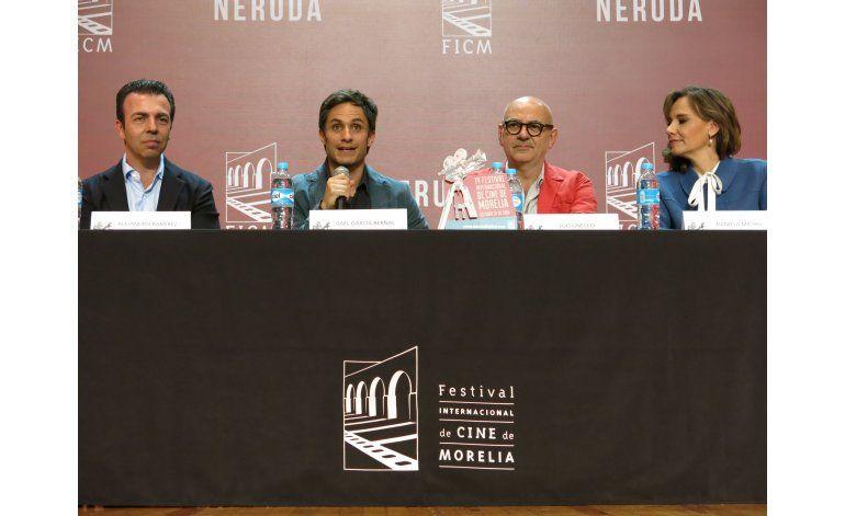 García Bernal revive palabras de Neruda sobre México