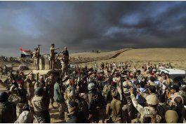 fuerzas iraquies y curdas lanzan ofensiva cerca de mosul