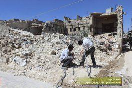 rebeldes sirios alertan a civiles de ofensiva en alepo