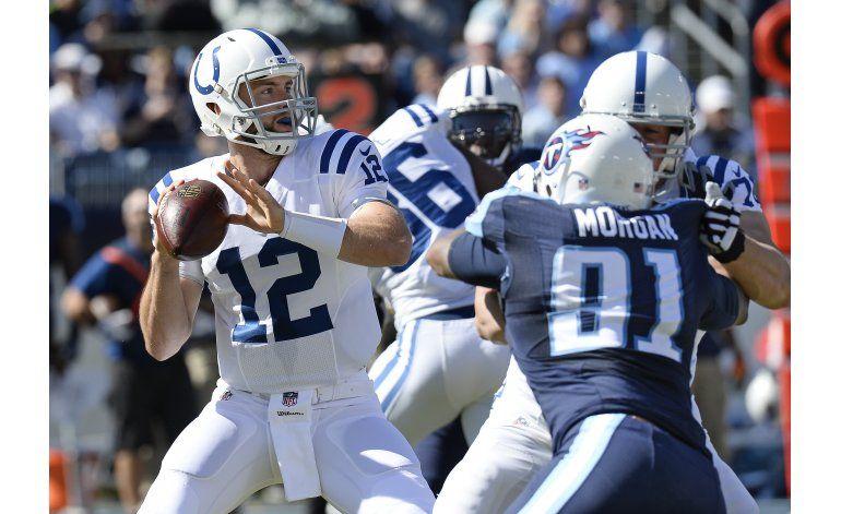 Luck sigue perfecto ante Titans, Colts se imponen 34-26