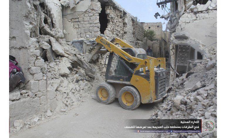 Tropas sirias toman punto elevado en la ciudad de Alepo