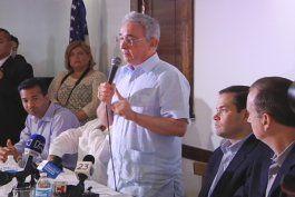 alvaro uribe solicito apoyo internacional para impedir que colombia se convierta en otra venezuela