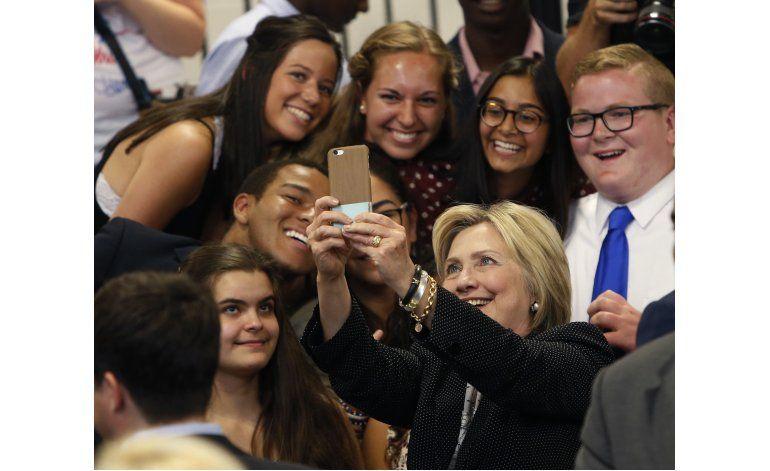 Encuesta: Electorado joven vira hacia Clinton en EEUU