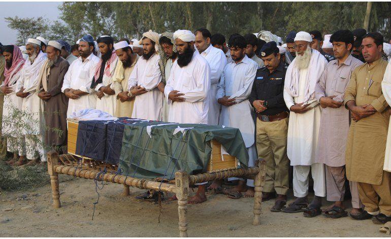 Atacan academia de policía en Pakistán; hay 48 muertos