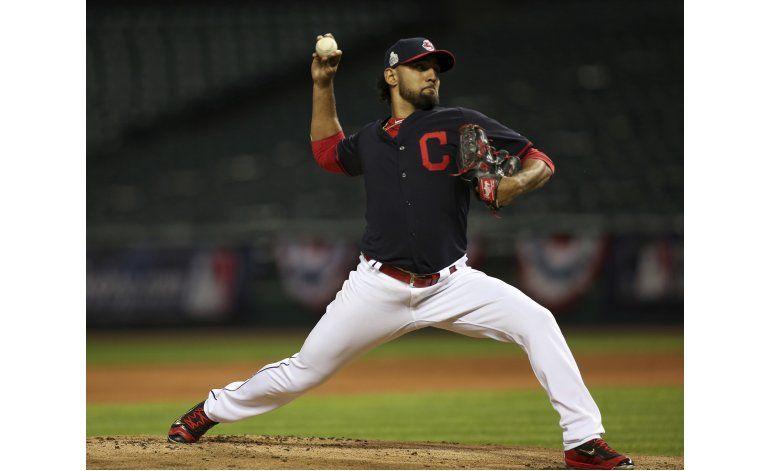 Serie Mundial: Salazar estará en el roster de los Indios