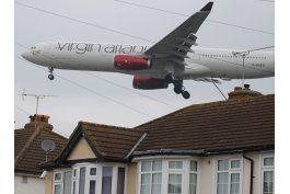 gobierno apoya plan para ampliar el aeropuerto heathrow
