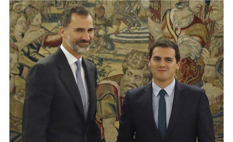 Rajoy acepta pedido del rey para formar gobierno