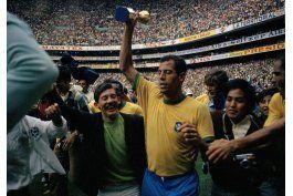 fallece carlos alberto, leyenda de la seleccion brasilena