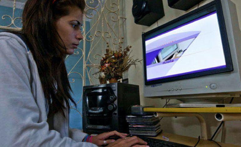 Cuba vigila a Facebook: 28 personas multadas por comentar en esa red social