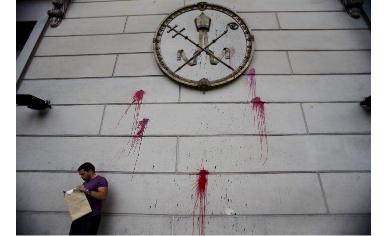Argentinos satisfechos por archivos Iglesia sobre dictadura