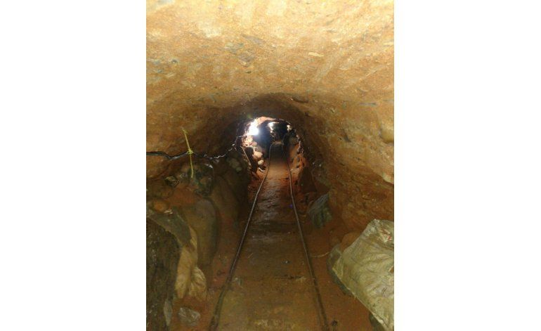 Hallan túnel en frontera México-EEUU