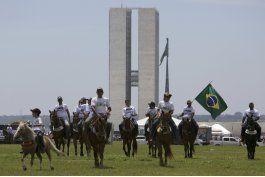 vaqueros brasilenos protestan por fallo de la corte suprema