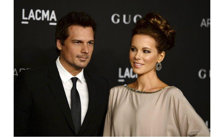 Esposo de Kate Beckinsale presenta demanda de divorcio