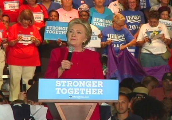 Hillary Clinton visitó  el condado de Broward para hacer campaña