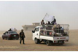 irak evacua a mil civiles del frente en la campana de mosul